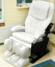 массажное кресло в мегаполисе